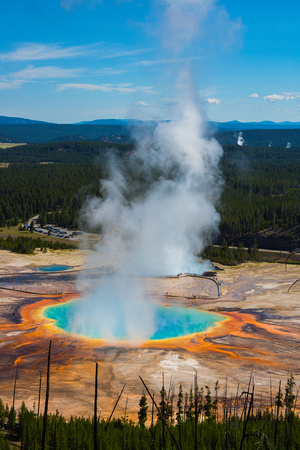 Grand Prismatic Spring in front of Excelsior Geyser Crater